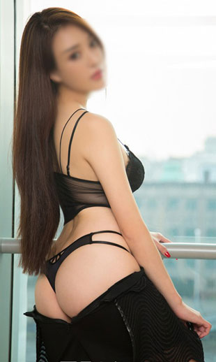 Zoe is asian escort, her sexy picture