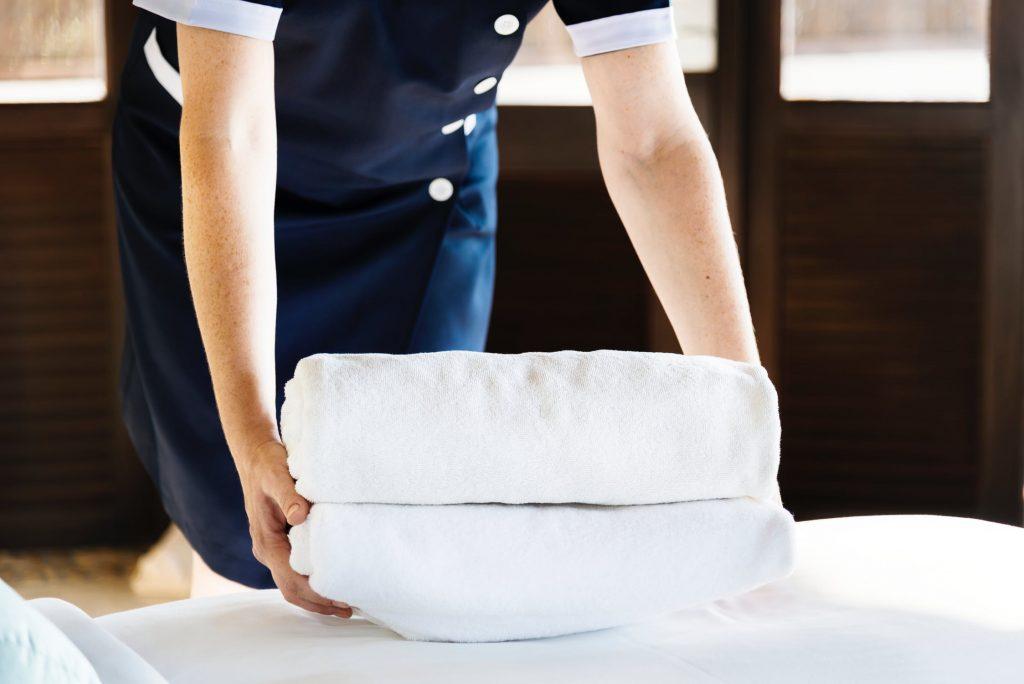 luxury escort friendly hotels manhattan