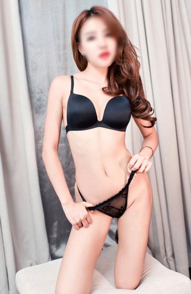 NYC Asian Escorts Model Helen recent photo