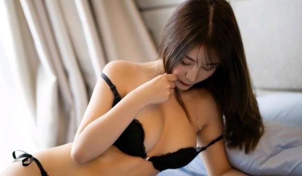 hot asian call girl for blowjob